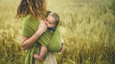 Best breastfeeding positions: Nursing in a sling